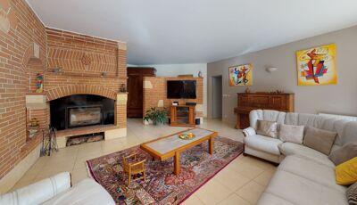 Maison de 280m² à Cugnaux 3D Model